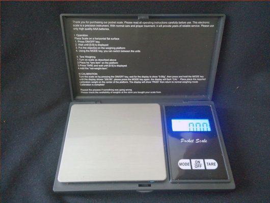 Q-Beau DIGITAL SCALE PROFESSIONAL-MINI
