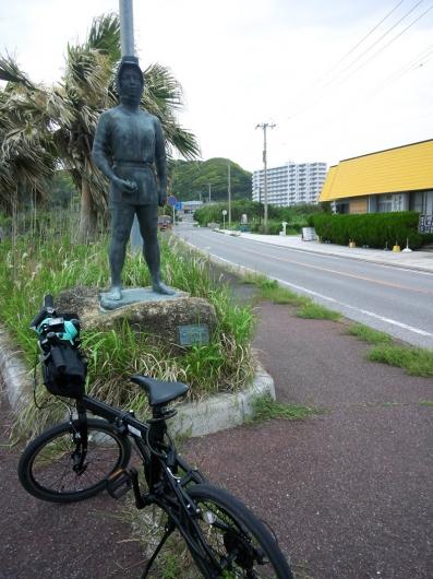「若い海女」の銅像
