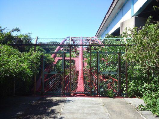 花見川サイクリングコース 花見川大橋と並行する水道橋