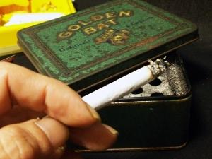 紙巻版アークロイヤル:喫煙中・・・