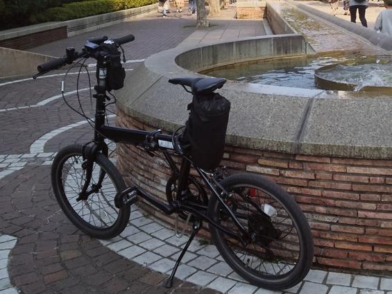 シルヴァF6F:横須賀ライド時の輪行バッグ取り付け方