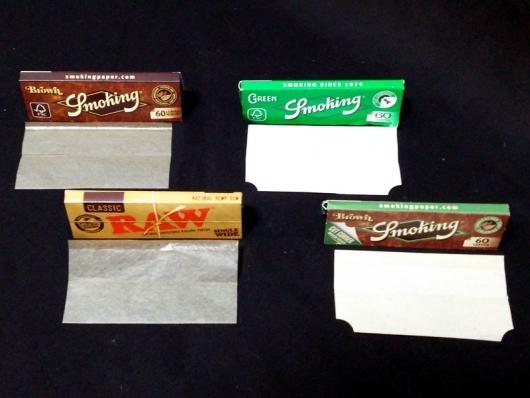 手巻き用ペーパー:スモーキング・ブラウン、ロウ・クラシック、スモーキング・グリーン、スモーキング・ブラウン(カットコーナー)