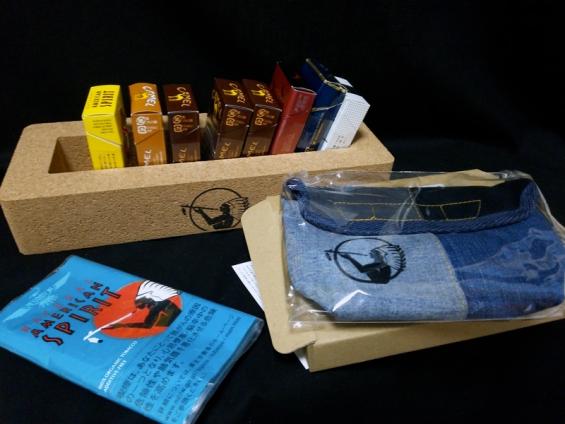 アメスピ.jp:コルクボックスとユーズドデニム・ポーチ